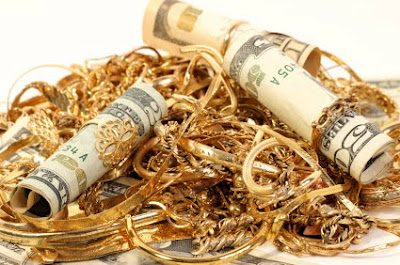 how-to-turn-your-old-jewelry-into-your-next-paycheck-9168541