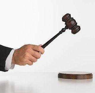 sue-your-spouse-9214047