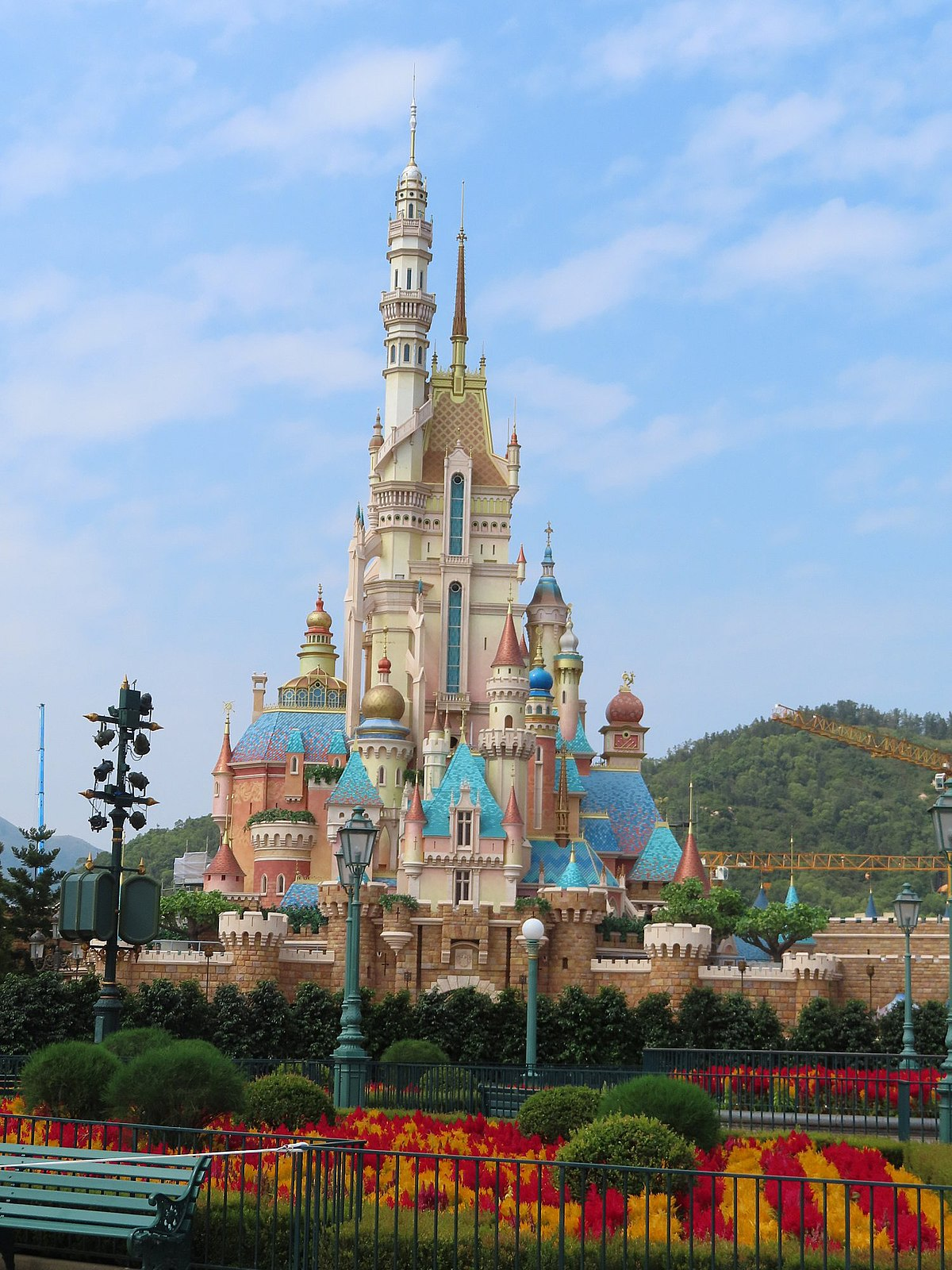 disney-plans-huge-theme-park-in-china-source-2