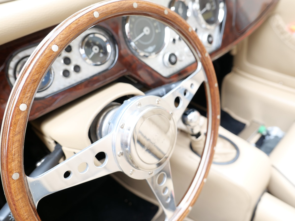 getting-the-best-classic-car-insurance-deals-2