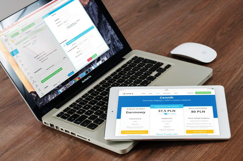 macbook-laptop-5997708